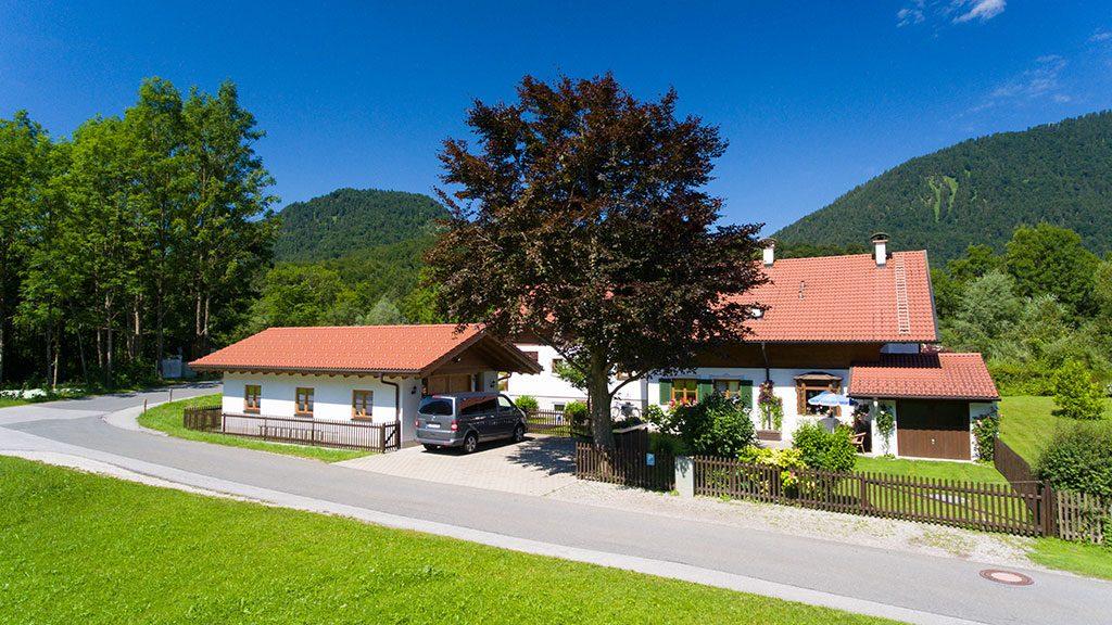 Parkplatz am Ferienhaus Hofer in Oberau