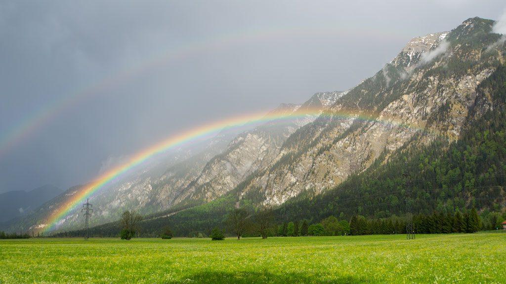 Regenbogen am Ferienhaus Hofer Zugspitzland